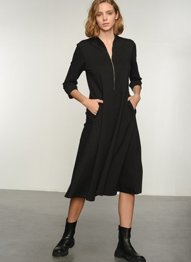 NGSTYLE Ngkaw21El0011 Fermuar Detaylı Örme Elbise Siyah